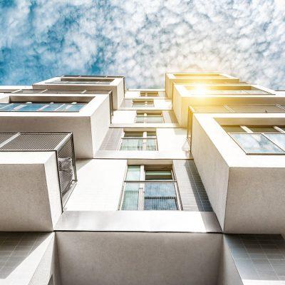 Glasfront für den Balkon